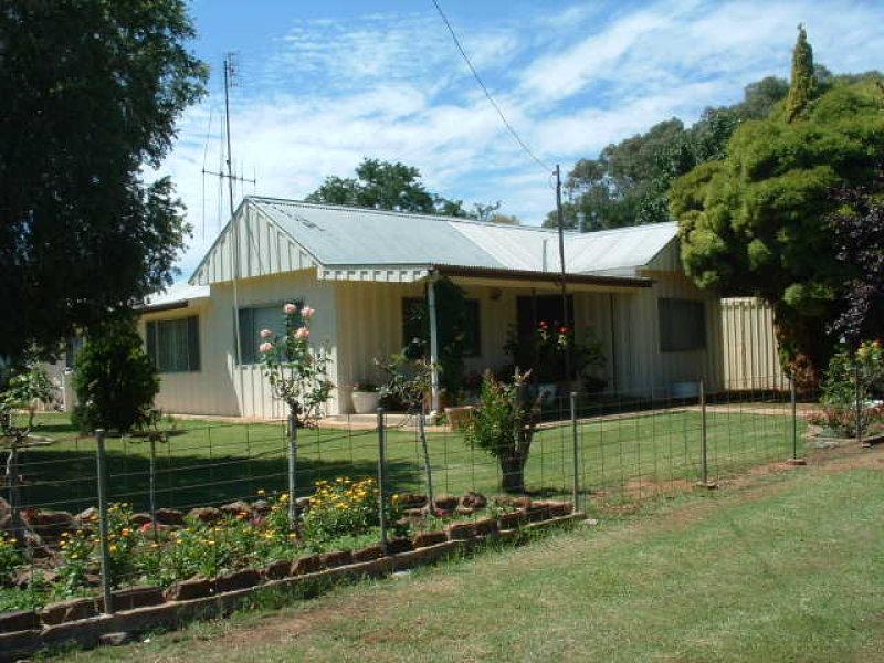 13 Bruce Street CUMNOCK, Molong, NSW 2866