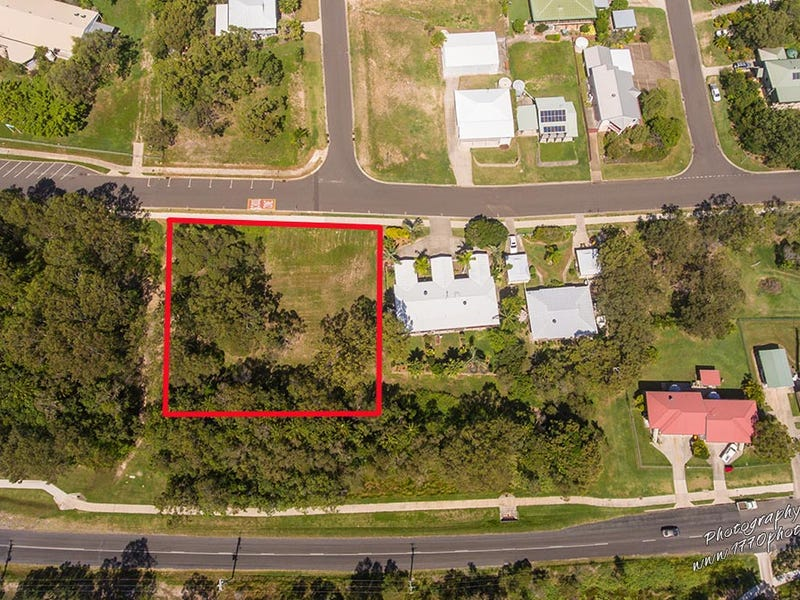 2 Donohue, Agnes Water, Qld 4677