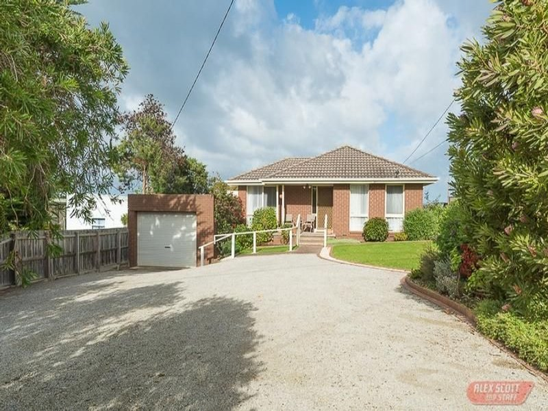 3 POULTER AVENUE, Rhyll, Vic 3923