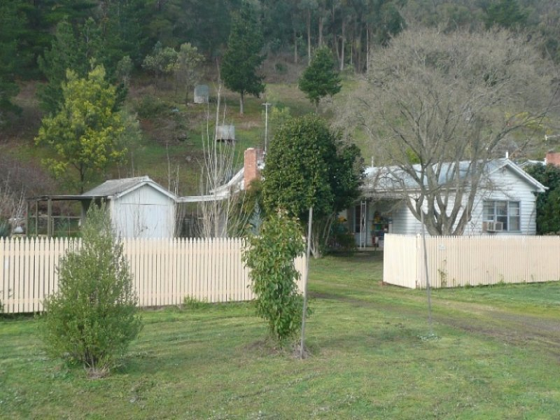 5567 Great Alpine Road, Eurobin, Vic 3739