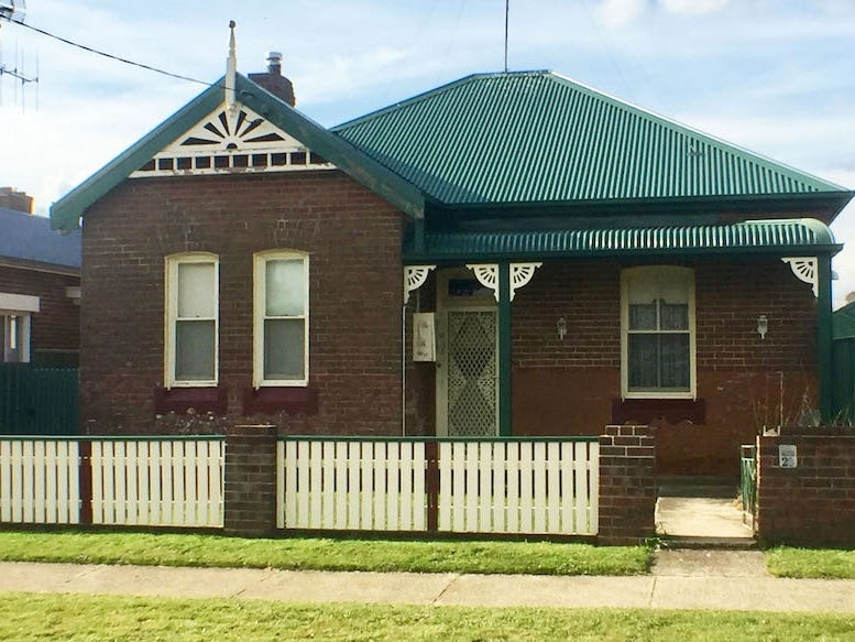 20 Robertson Street, Crookwell, NSW 2583