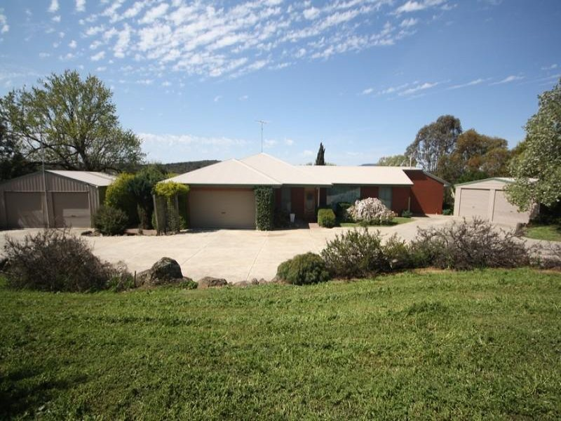 5288 Ballarat-Colac Road, Cambrian Hill, Vic 3352