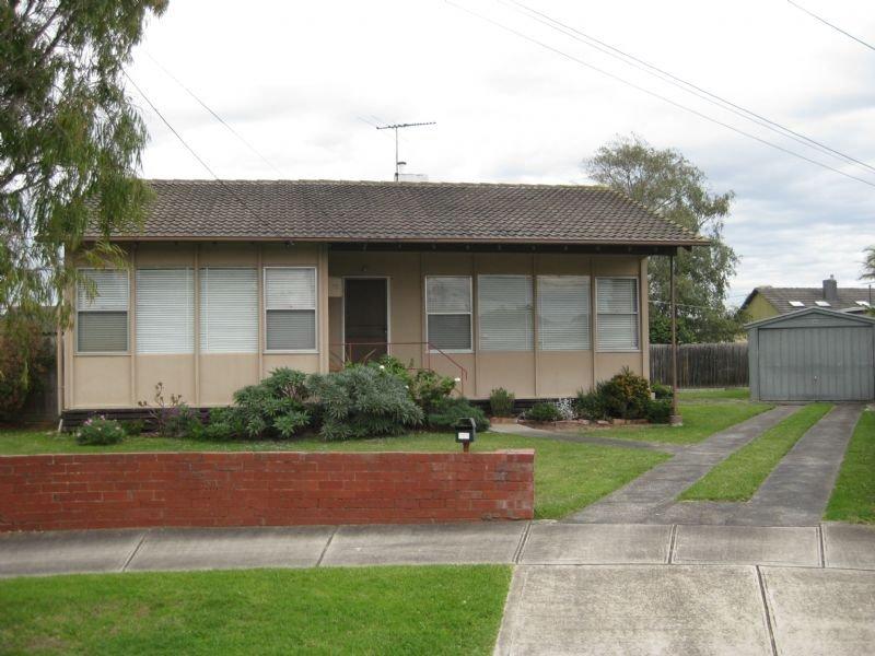 12 Peach Court, Doveton, Vic 3177