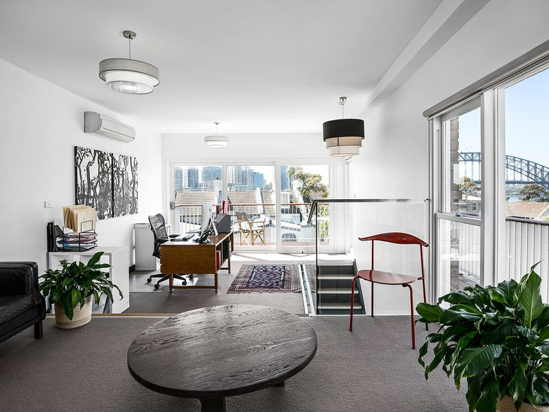 115 BLUES POINT ROAD, McMahons Point, NSW 2060