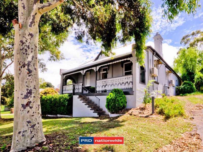 24 Upper Street, North Tamworth, NSW 2340