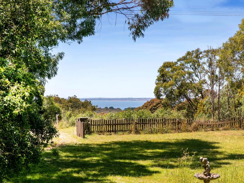 568 Tucks Road, Shoreham, Vic 3916
