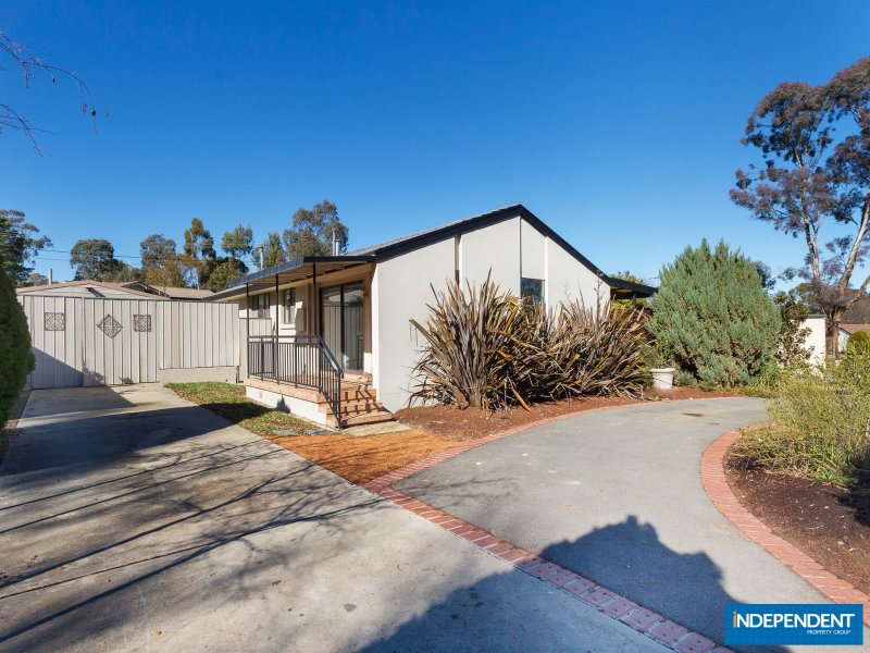 4 Edmunds Place, Spence, ACT 2615