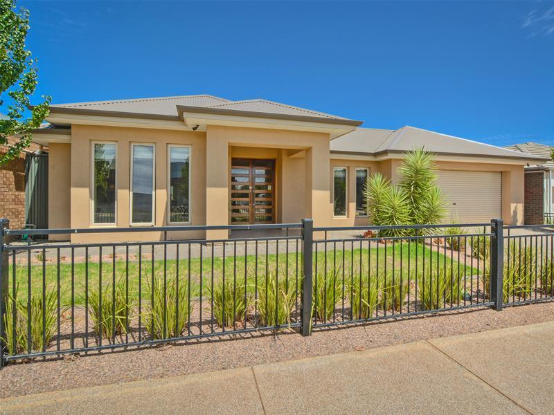 7 Hayfield Avenue, Blakeview, SA 5114