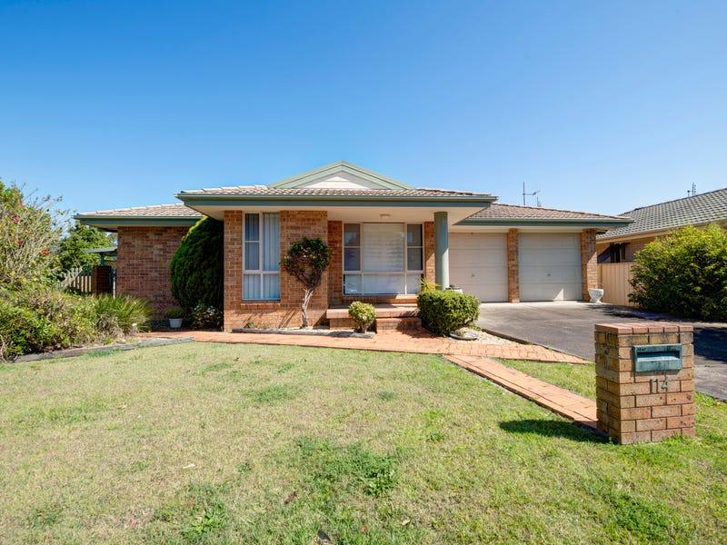 114 Kularoo Drive, Forster, NSW 2428