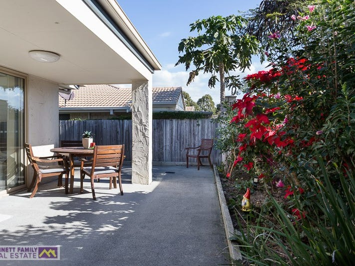 2/161 Colburn Avenue, Victoria Point, Qld 4165