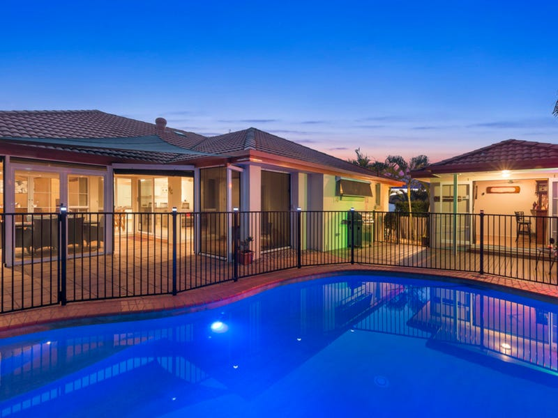 6 Kanton Place, Pacific Pines, Qld 4211