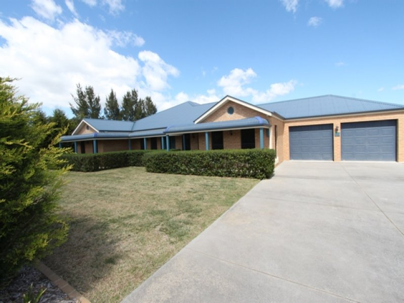 30 Lister Crescent, Kelso, NSW 2795