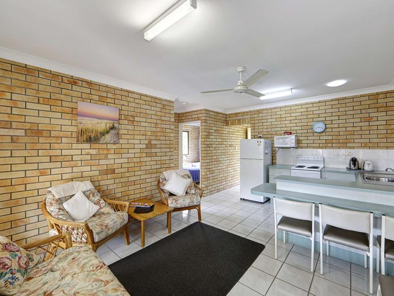 8/83 Mackerel Street, Woodgate, Qld 4660