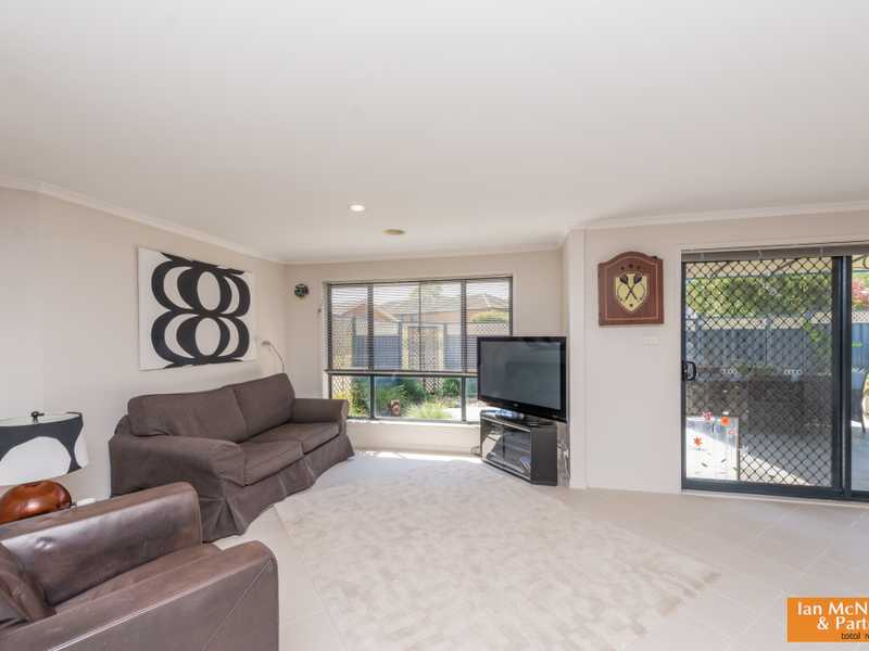 14 Peppercorn Way, Jerrabomberra, NSW 2619
