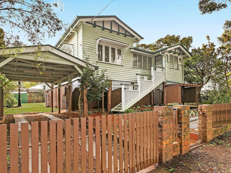35 Moloney Street, North Toowoomba, Qld 4350