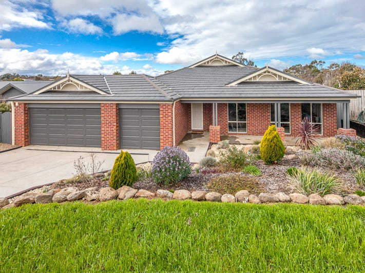 10  Sullivan Court, Romsey, Vic 3434