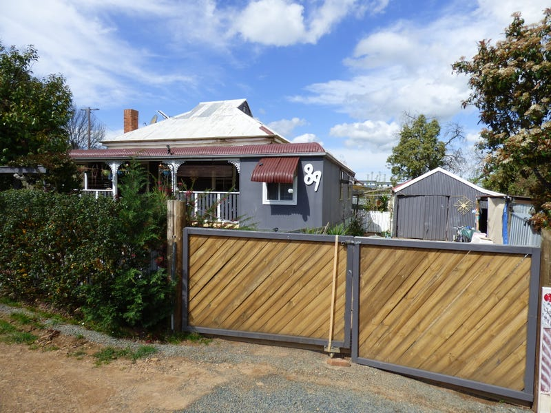 89 Cowra Road, Grenfell, NSW 2810