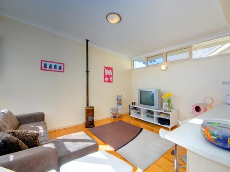 Unit 1/  6 Balaclava Street, Newington, Vic 3350