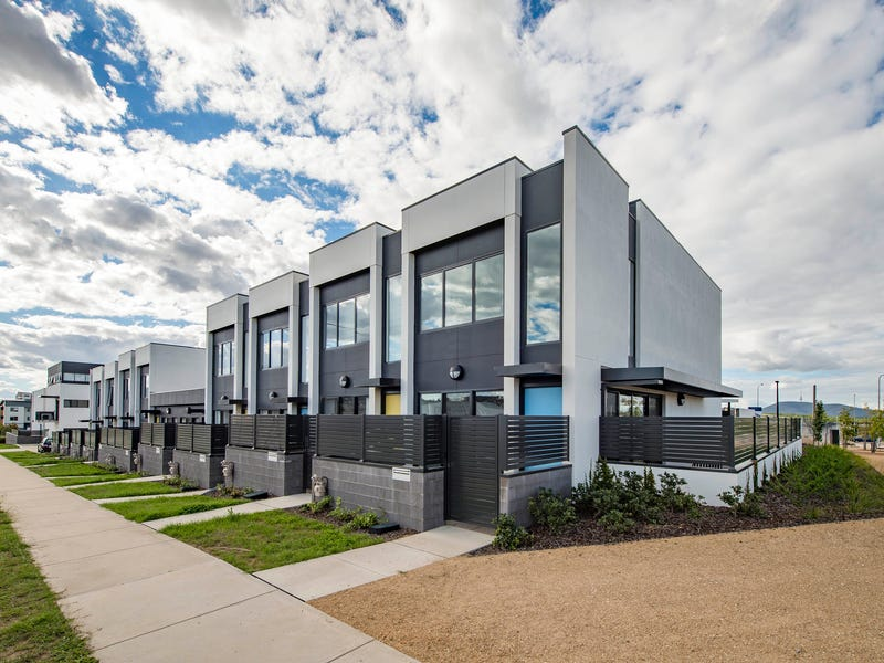 2/2 Max Jacobs Avenue, Wright, ACT 2611
