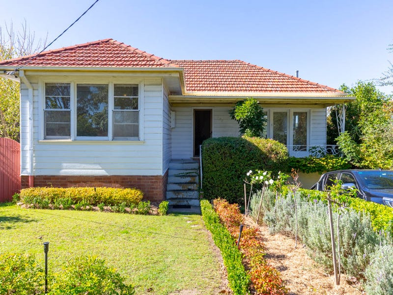 177 Northcott Drive, Adamstown Heights, NSW 2289