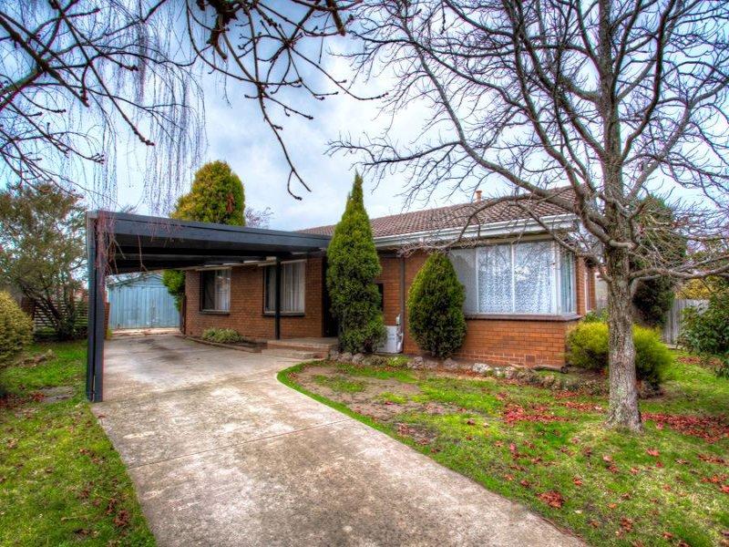 44 Marie Crescent, Wendouree, Vic 3355