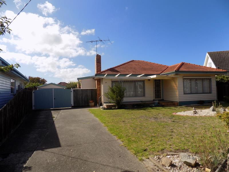 44 Glover Street, Newcomb, Vic 3219