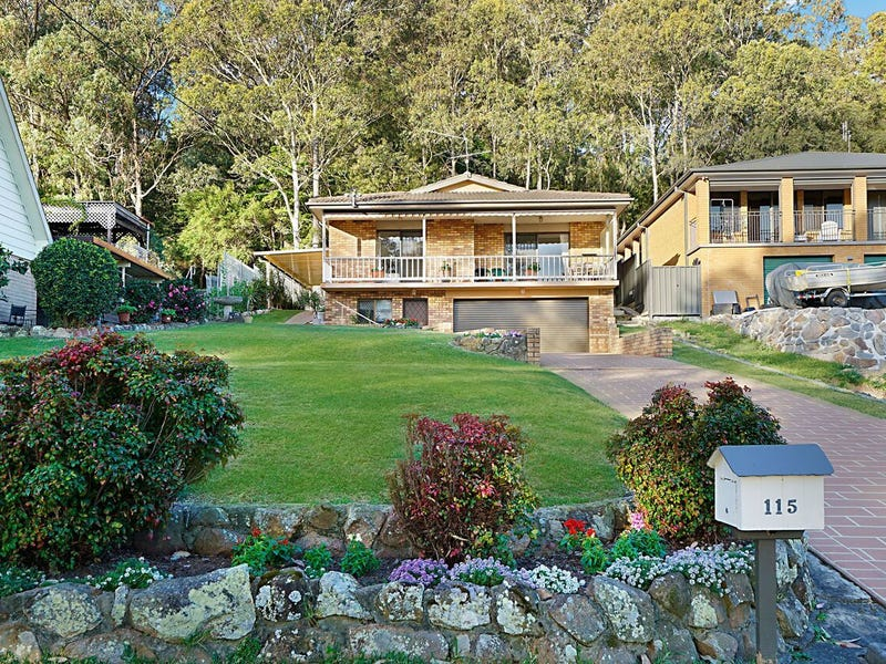 115 Beach Road, Wangi Wangi, NSW 2267