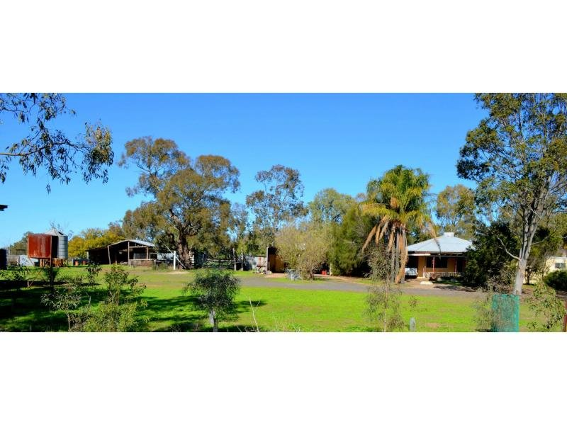 """Lexden"" 66 Riverview Road, Gilgandra, NSW 2827"