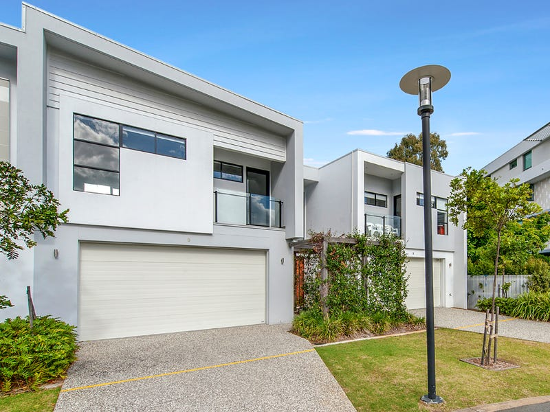 8/323 Bayview Street, Hollywell