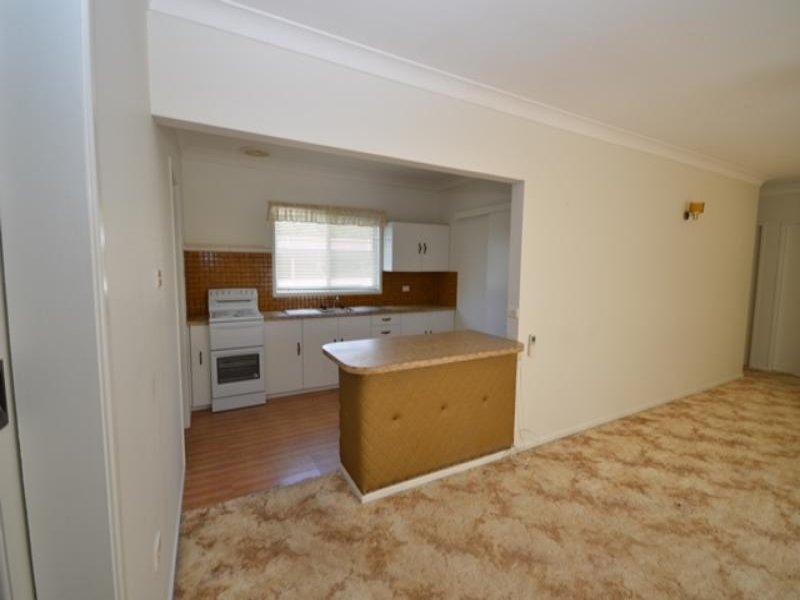 5 Burton St, Boggabri, NSW 2382
