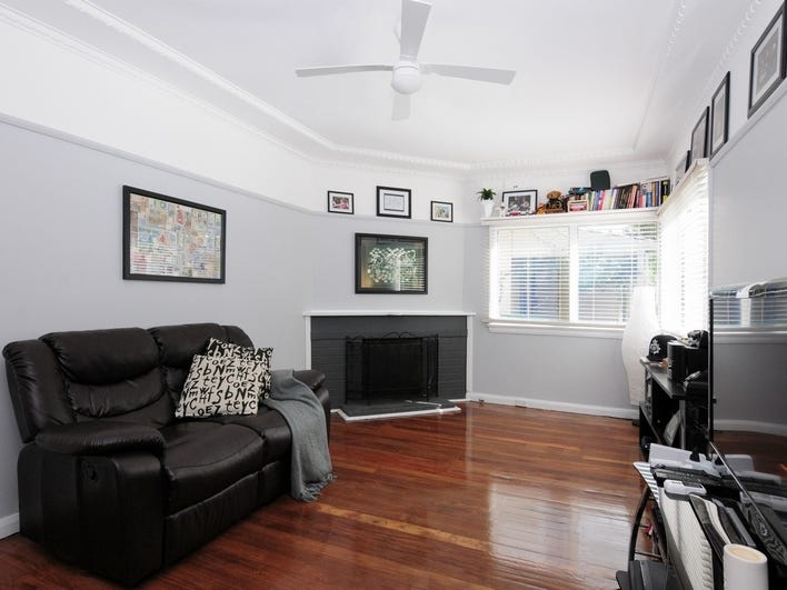 30 Bunberra Street, Bomaderry, NSW 2541