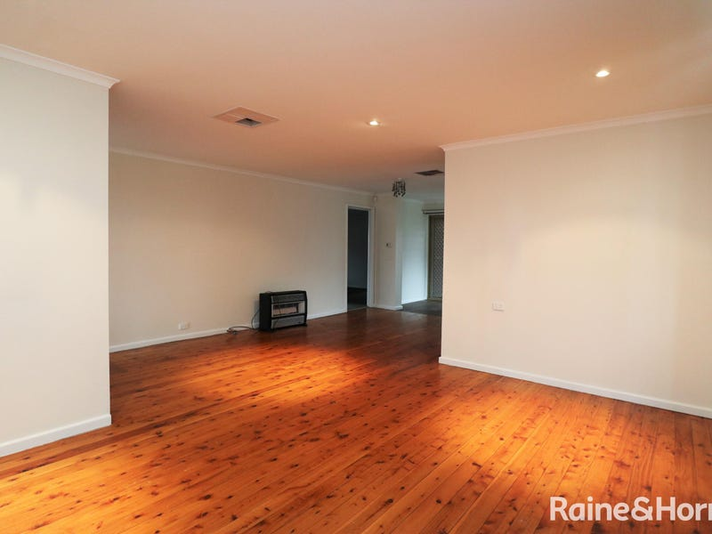 241 Fernleigh Road, Ashmont, NSW 2650