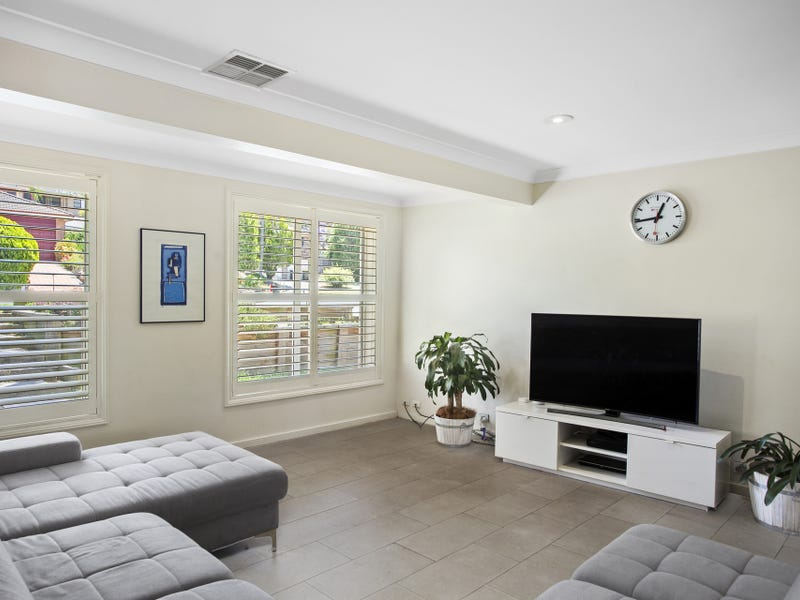 7 Lincoln Place, Castle Hill, NSW 2154