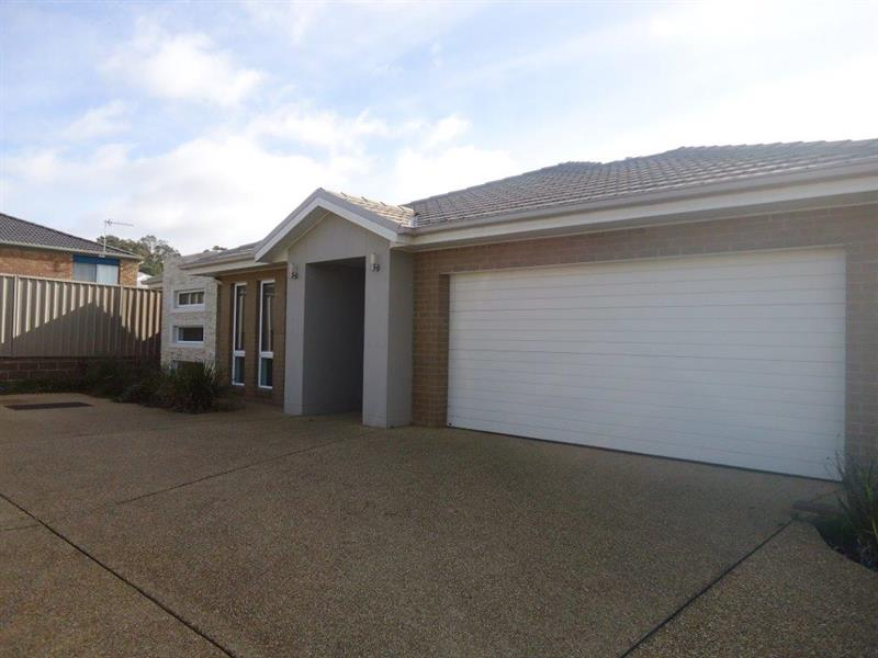 3/7 Clarence Place, Tatton, NSW 2650