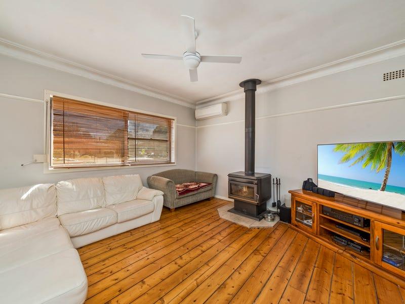 13 Knox Street, Goulburn, NSW 2580