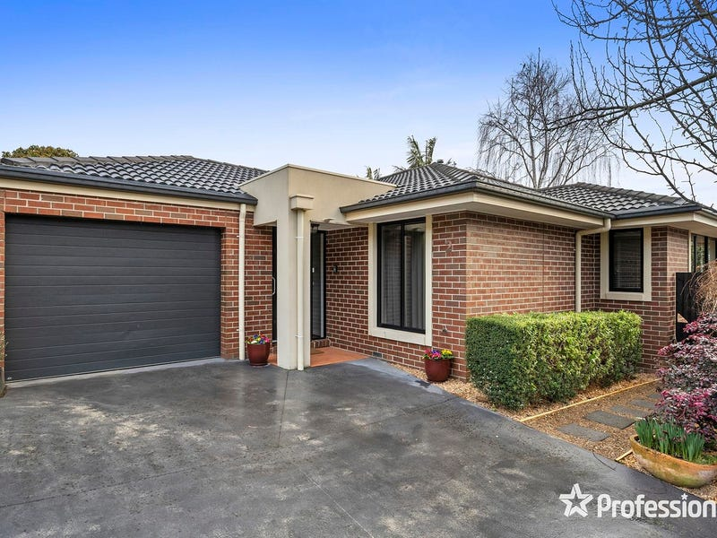 2/15 Hereford Road, Mount Evelyn, Vic 3796