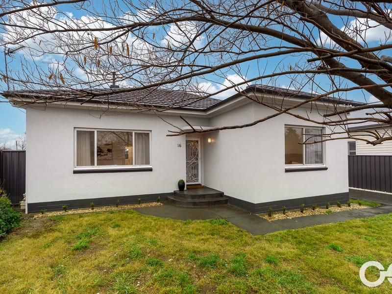 16 Kearneys Drive, Orange, NSW 2800