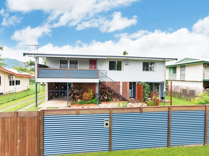259 Pease Street, Edge Hill, Qld 4870