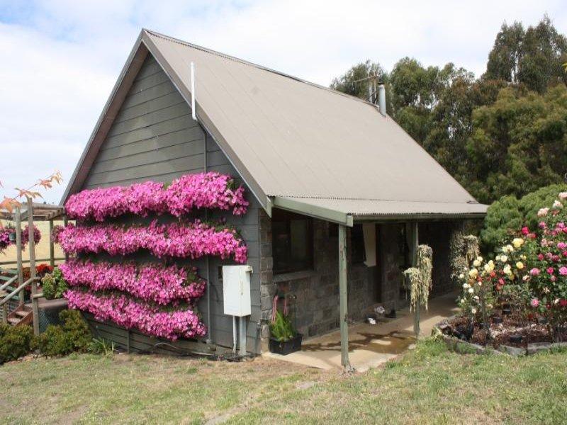 40 Old Darlimurla  Road, Mirboo North, Vic 3871