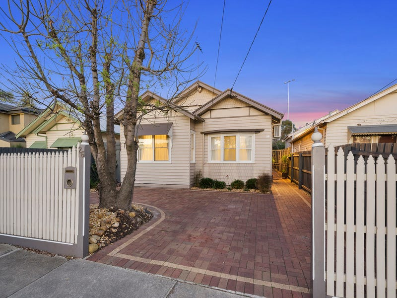 26 Mirls Street, Newport, Vic 3015