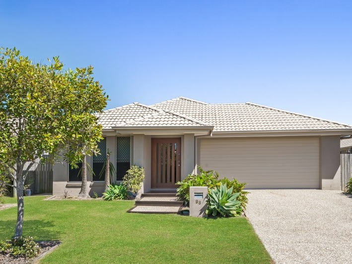 98 Nutmeg Drive, Griffin