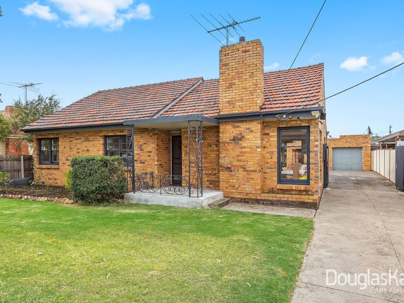 374 Ballarat Road, Sunshine North, Vic 3020