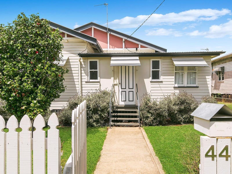 44 Clark Street, South Toowoomba, Qld 4350