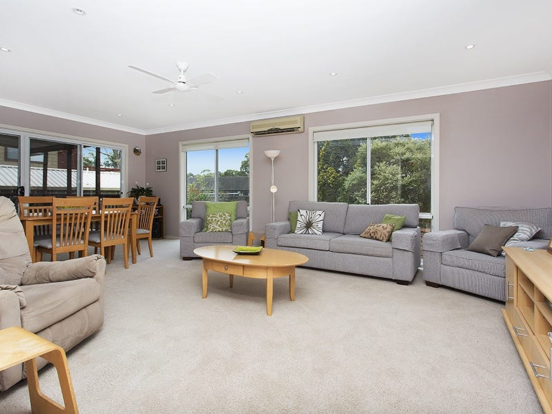 38 Parklands Ave, Heathcote, NSW 2233