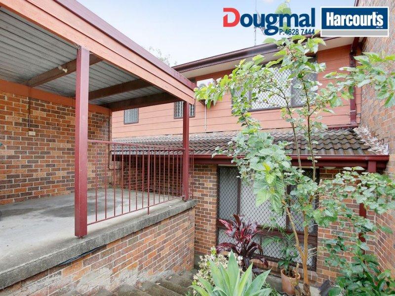 14/6 Jacquinot Place, Glenfield, NSW 2167