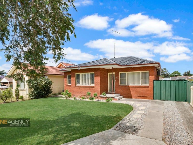 38 College Street, Cambridge Park, NSW 2747