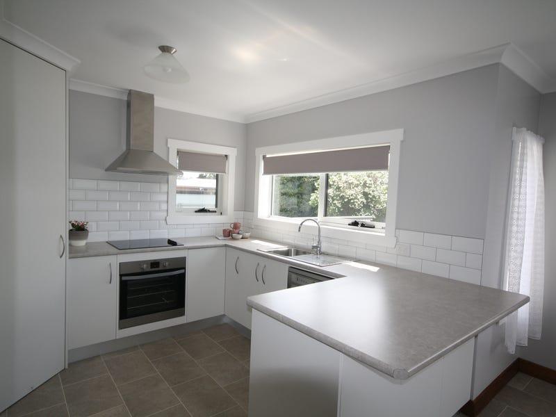 118 Inglis Street, Wynyard, Tas 7325