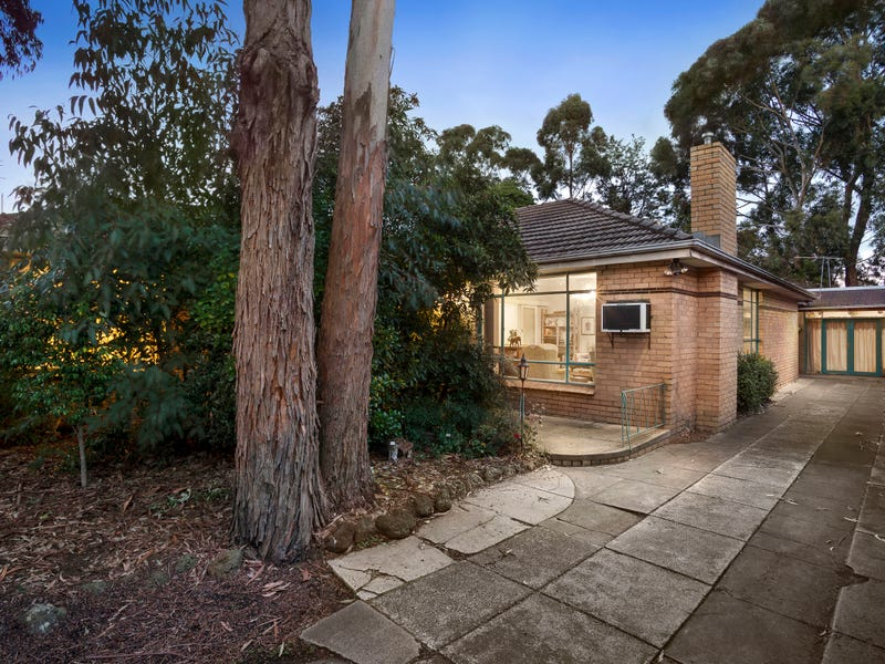 1208 North Road, Oakleigh South