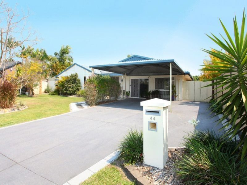 44 Lochinvar Court, Ashmore, Qld 4214
