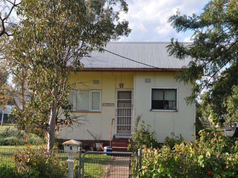 9 Oberon Street, Eugowra, NSW 2806